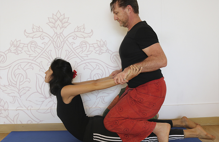 CURSO INTRODUCTORIO AL THAI YOGA MASSAGE
